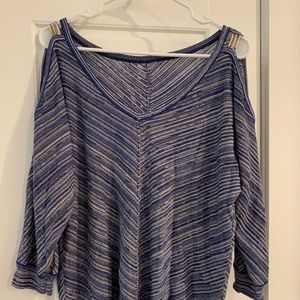 WHBM Cold shoulder lightweight sweater